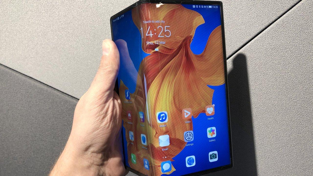 Huawei Mate Xs släpps i Sverige – stöd för 5G och vikbar skärm